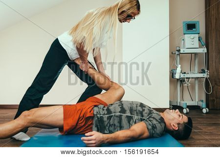 physical therapy athlete physical therapy arm physical therapy shoulder physical therapy foot physical therapy feet physical therapy knee physical therapy leg physical therapy legsphysical therapy backphysical therapy hands physical therapy hip physical t