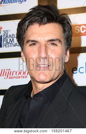 LOS ANGELES - NOV 9:  Vincent Irizarry at the 30th Israel Film Festival Anniversary Gala Awards Dinner at Beverly Wilshire Hotel on November 9, 2016 in Beverly Hills, CA