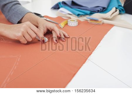 Woman With Beautiful Hands Is Drawing A Pattern