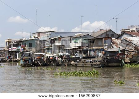 Poor Residential Houses And Boats