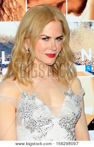 LOS ANGELES - NOV 11:  Nicole Kidman at the LION AFI Fest Premiere at TCL Chinese 6 Theaters on November 11, 2016 in Los Angeles, CA