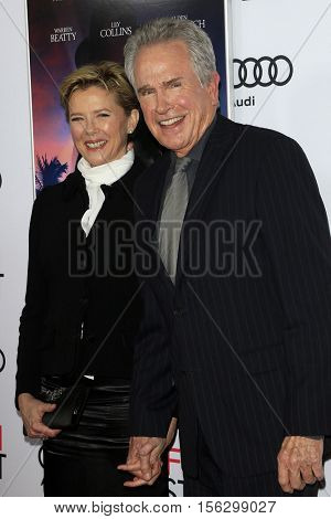 LOS ANGELES - NOV 10:  Annette Bening, Warren Beatty at the AFI FEST 2016 - Opening Night - Premiere Of 'Rules Don't Apply' at TCL Chinese Theater on November 10, 2016 in Los Angeles, CA