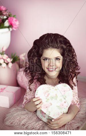 Beautiful Young Teen Girl Portrait Open Present, Romantic Surprise. Brunette In Pink Dress Over Bouq