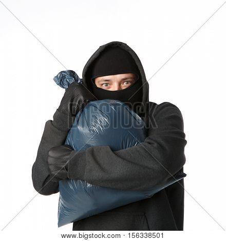 Terrible mugger grabbed large bag