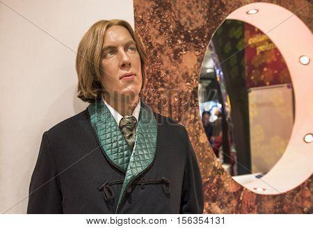 London, the UK-May 2016: Oscar Wild wax figure in Madame Tussaud's  museum
