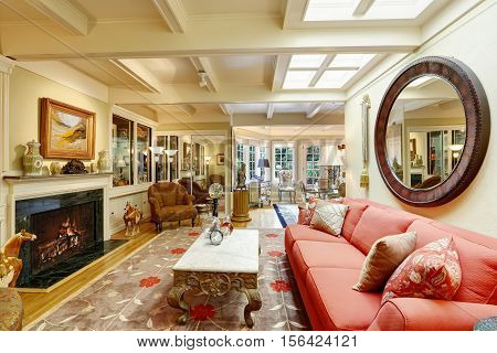 Luxurious House Interior. Nicely Furnished Living Room