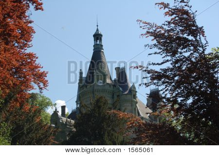 Building - Castle With Clock