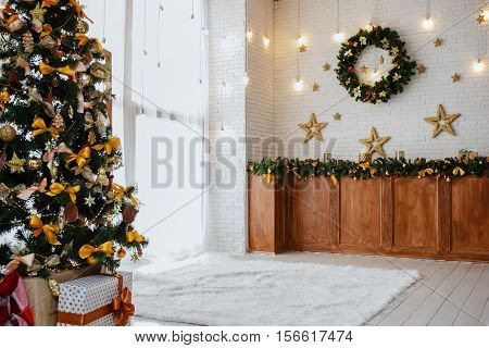 Christmas tree lights, garland and a star garland