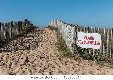 Path in the dunes towards the beach of la Paracou (Les Sables d'Olonne) with