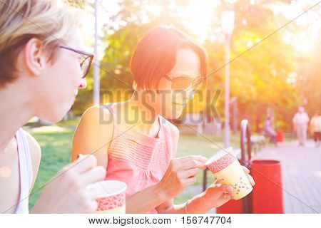 The Girl Eats In The Park.