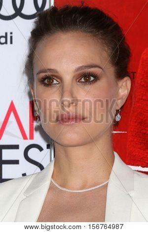 LOS ANGELES - NOV 14:  Natalie Portman at the