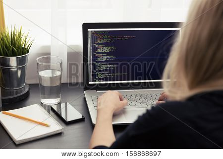 woman website freelance programmer working from home