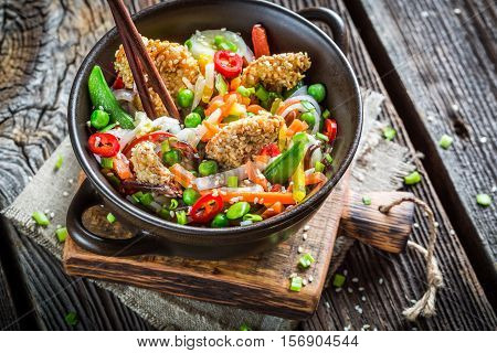 Chinese Noodles, Vegetables And Chicken With Sesame