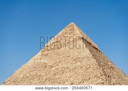 The Great Pyramid Of Giza, Built For The Fourth Dynasty Egyptian Pharaoh, Khufu Or Cheops, Cairo, Eg
