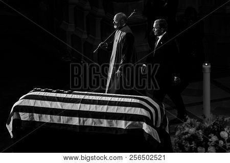 Washington D.c., Usa - Sep. 01, 2018:  Former U.s. President George Bush At The Memorial Service Of