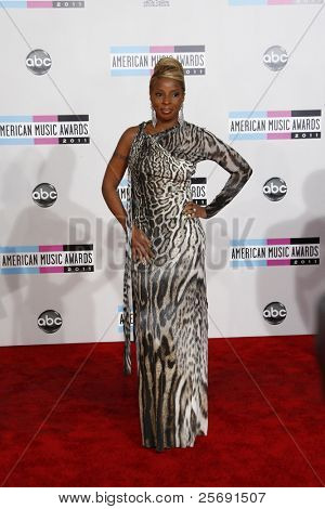 LOS ANGELES - NOV 20: Mary J Blige at the 2011 American Music Awards held at Nokia Theatre L.A. Live on November 20, 2011 in Los Angeles, California