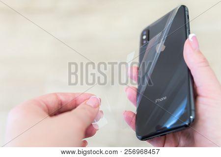 Iphone X Smart Phone. Latest Apple Iphone 10 Mobile Phone.