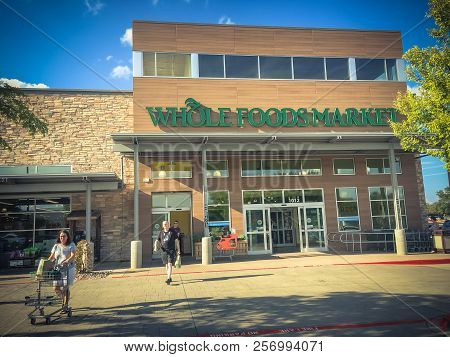 Whole Foods Market Store Exterior And Logo In Dallas, Texas, Usa