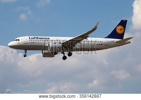London / United Kingdom - July 14, 2018: Lufthansa Airbus A320 Neo D-aini Passenger Plane Landing At