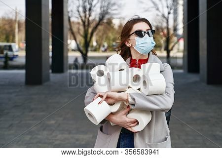 Young Woman Wearing Protection Face Mask And Sunglasses Against Coronavirus Mers-cov, Novel Coronavi