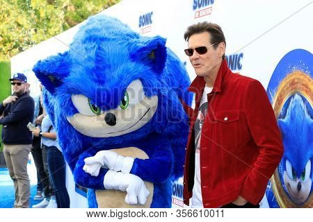 LOS ANGELES - JAN 25:  Sonic The Hedgehog, Jim Carrey at the Sonic The Hedgehog Family Day Event at the Paramount Theatre on January 25, 2020 in Los Angeles, CA