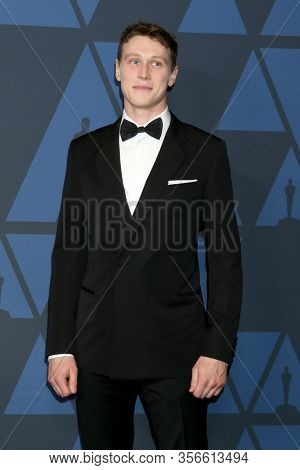 LOS ANGELES - OCT 27:  George MacKay at the Governors Awards at the Dolby Theater on October 27, 2019 in Los Angeles, CA