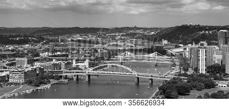 Bridges And Cityscape Of Pittsburgh
