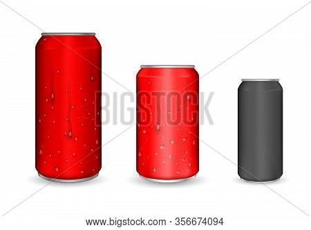 Aluminum Cans, Realistic Vector. Cans With Water Drops. Metal Or Steel Packaging For Beverage. Isola