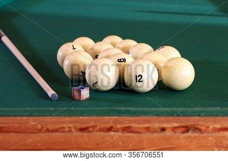 Billiard Table With Balls, Cue, Triangle. Green Cloth. Playing Billiard And Pool. Ruusian Billiard