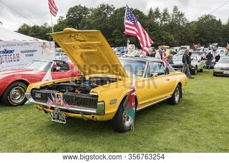 Tatton Park, Cheshire, Uk - 6, July 2019: American Car At The Stars & Stripes American Car Show At T