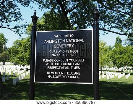 Washington D.c., Usa - June 4, 2019: Arlington National Cemetery Welcome Sign