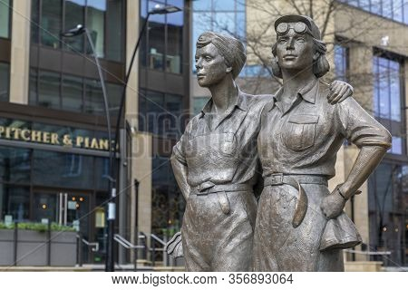 Sheffield, England - March 21, 2020: Women Of Steel Statue At Barkers Pool In Sheffield. This Bronze