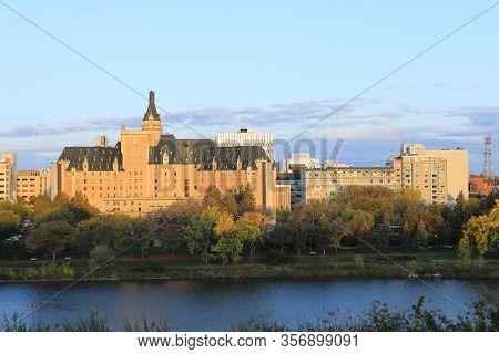 Saskatoon, Saskatchewan/canada- October 10: The Delta Hotels Bessborough In Saskatoon, Saskatchewan