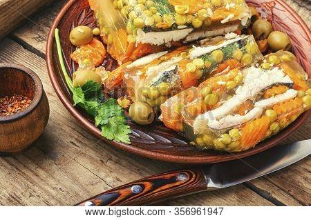 Appetizing Jellied Fish.