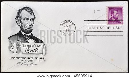 A stamp printed in USA showing president Abraham Lincoln