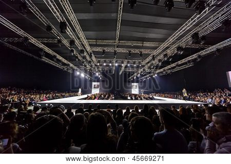 MOSCOW - APR 4: Models walk at podium in Gostiny Dvor during Valentin Yudashkin show at opening of 27th Volvo Fashion Week, April 4, 2012, Moscow, Russia.