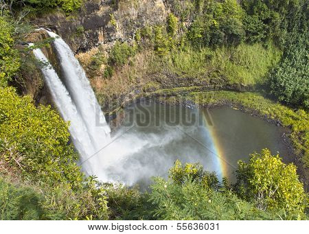 Rainbow on Wailua Falls