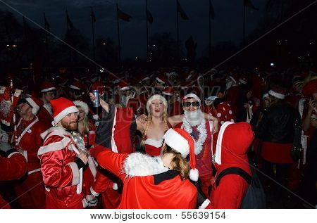 The London Santacon 2013, An Annual Event In Which People Dress Up As Santa, In London 14Th December