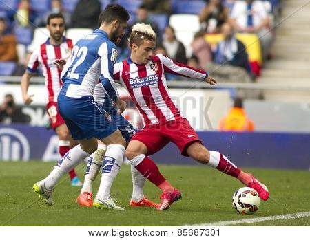 BARCELONA - MARCH, 14: Antoine Griezmann of Atletico Madrid during a Spanish League match against RCD Espanyol at the Estadi Cornella on March 14, 2015 in Barcelona, Spain