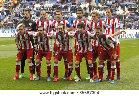 BARCELONA - MARCH, 14: Atletico de Madrid lineup before a Spanish League match against RCD Espanyol at the Estadi Cornella on March 14, 2015 in Barcelona, Spain