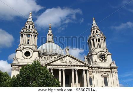 St Pauls Cathedral, London England