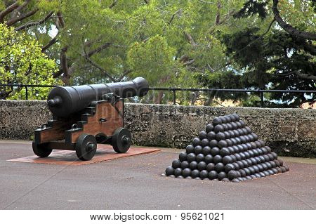 Cannon And Cannon Balls Near Royal Palace In Monaco