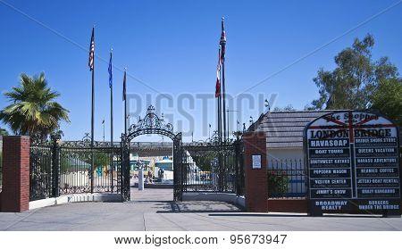 A London Bridge Entrance Shot, Lake Havasu City