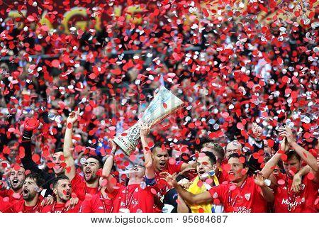 Fc Sevilla Club - The Winner Of The Uefa Europa League 2015