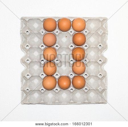 No. zero eggs in paper tray.for marketplace