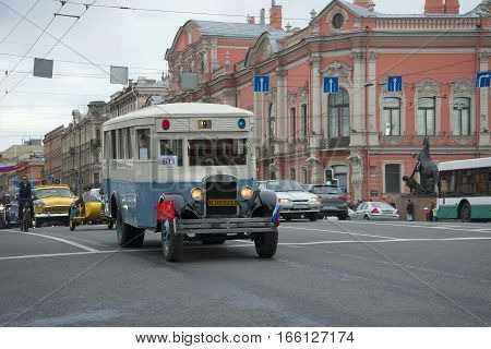 SAINT PETERSBURG, RUSSIA - MAY 24, 2015: Bus ZIS-8 on the Nevsky Prospekt. The parade of vintage transport in Saint-Petersburg