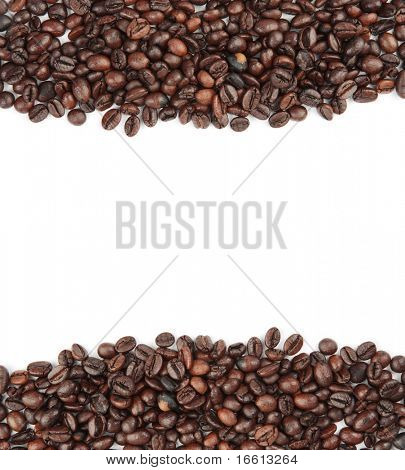 Isolated coffee bean border at over 21 MP
