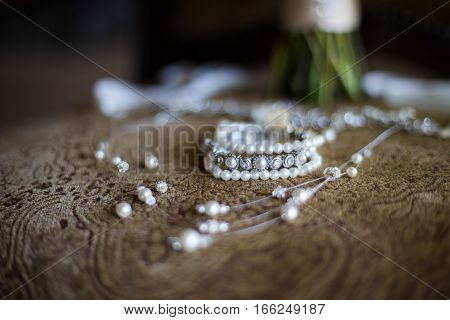 Beautiful Bridal Jewelry with pearls and silver