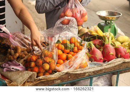 tangerin dragon fruit rambutan mango fruit chioce on vietnam market