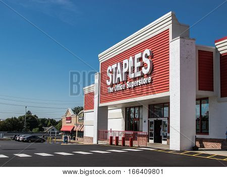 Raritan, NJ, August 27, 2016: A Staples store and a parking lot in front of it.